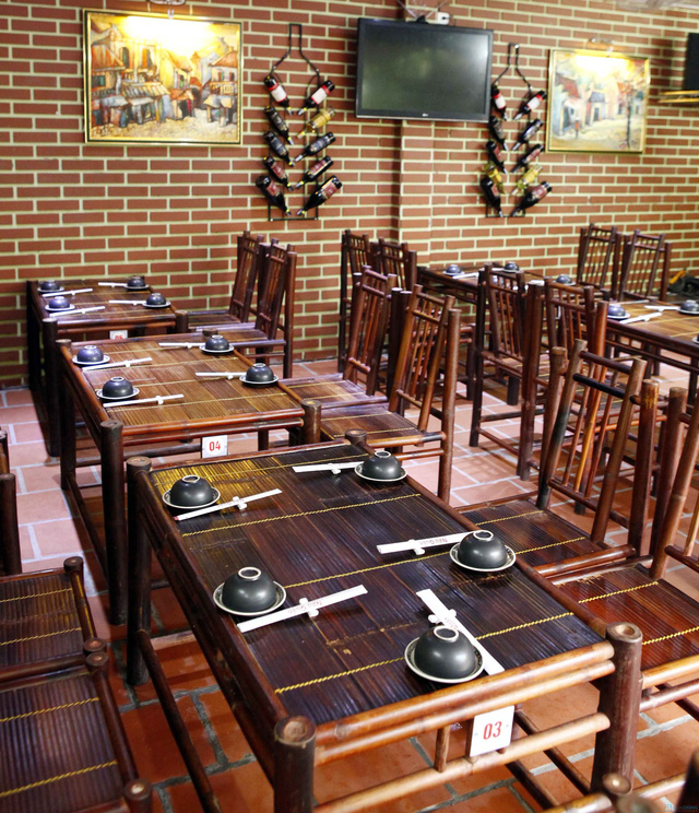 Cung cấp bàn ghế tre nhà hàng Ngư Quán Hà Nội